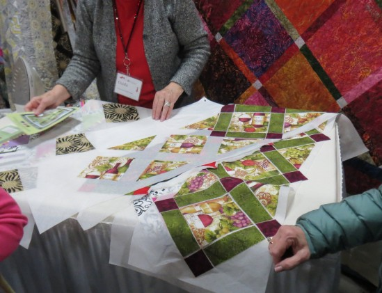 A sashed table runner made using fusible interfacing