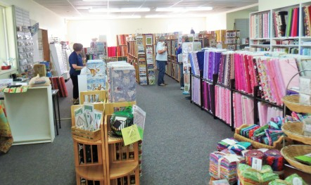 Karens Quilt Shop interior (2)